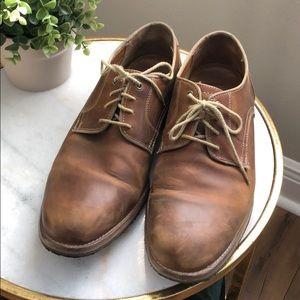 Men's Johnston and Murphy dress shoe